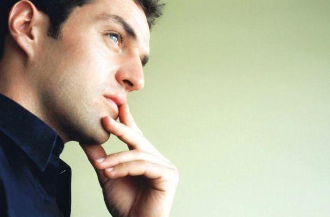 Hombre-pensando